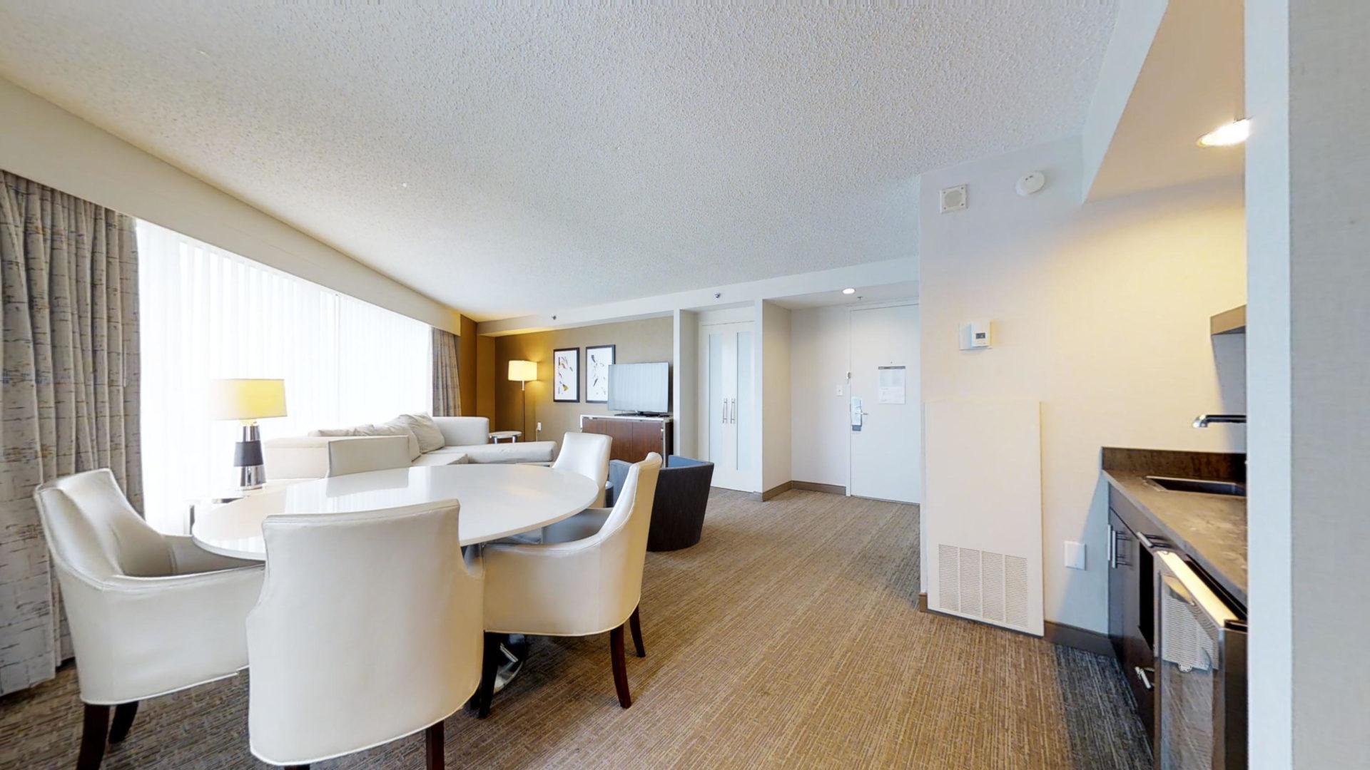 Westin Atlanta Perimeter North Living Room Suite